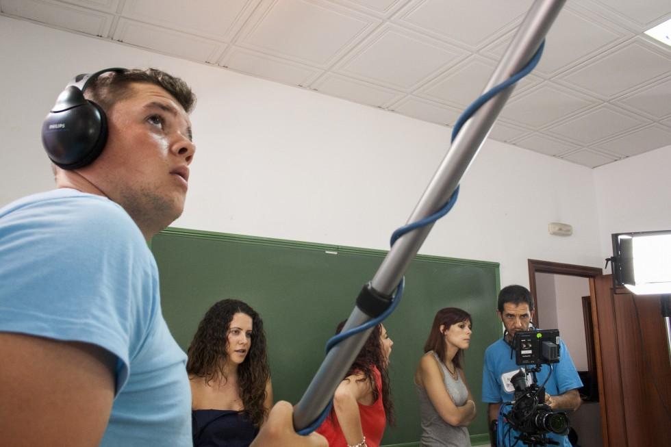 Rodaje del la obra de ficción Coopera-T, realizado con metodología de audiovisual participativo , realizado por Trasfoco Escuela Audiovisual Itinerante para no Audiovisualistas en San Bartolomé de la Torre, Huelva