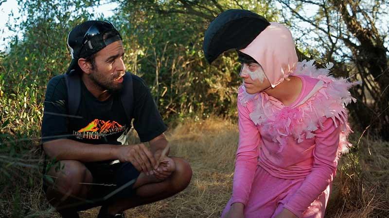 Dos flamencos un destino, corto de ficción realizado con metodologias del audiovisual participativo por trasfoco, escuela audiovisual itinerante para no audivosisualistas