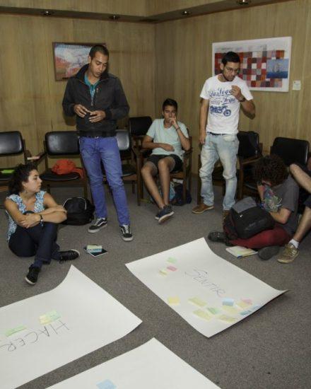 Taller práctico de producción y realización audiovisual sobre patrimonio natural para jóvenes impartido por Trasfoco Escuela Audiovisual Itinerante en Viña del Mar (Chile