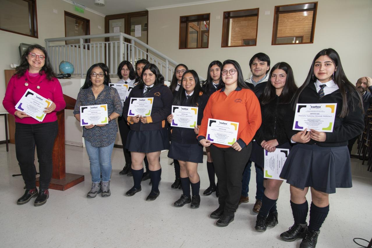 Inauguración exposición_Liceo Curaco-15